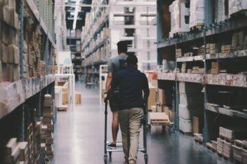 Spatiile industriale de inchiriat aduc cheltuieli mai mici decat cele cumparate
