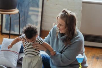 Cum influențează joaca dezvoltarea copilului