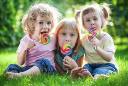 Obiceiuri care afecteaza sanatatea dentara a copiilor